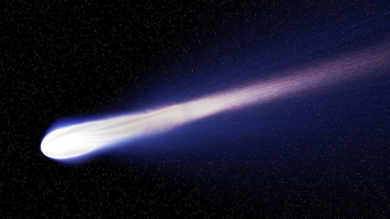 Mengapa Ekor Komet Selalu Menjauhi Matahari
