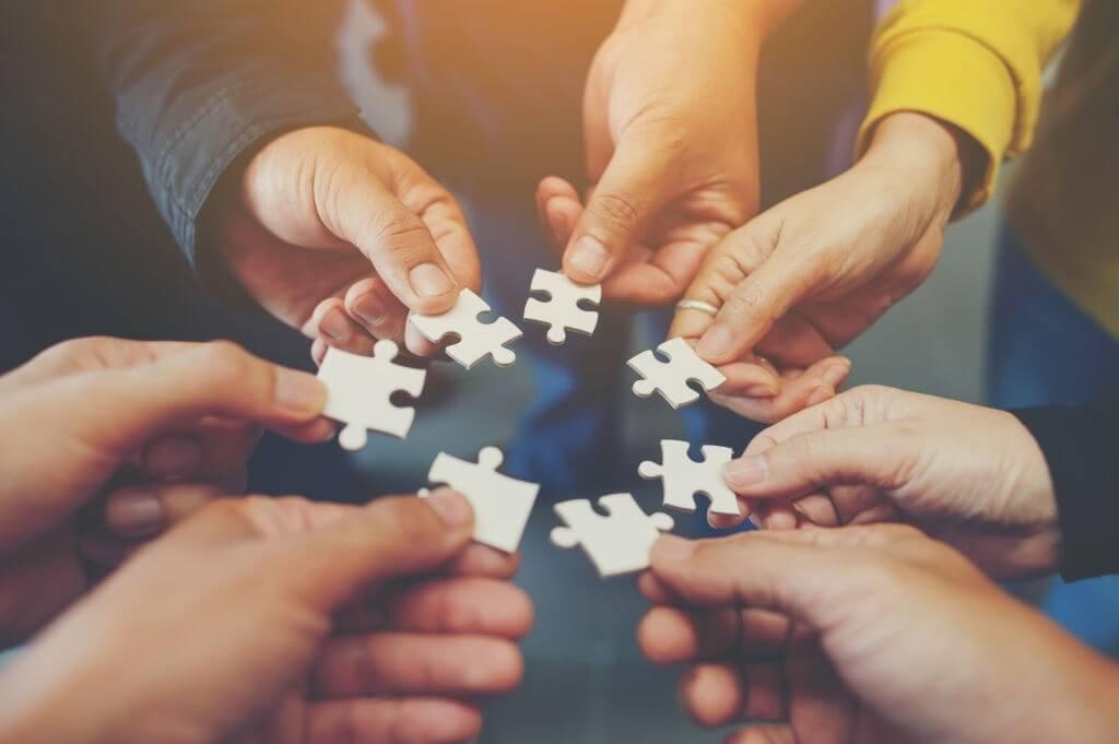 Mengapa manusia harus melakukan kerjasama dalam memenuhi kebutuhan hidupnya
