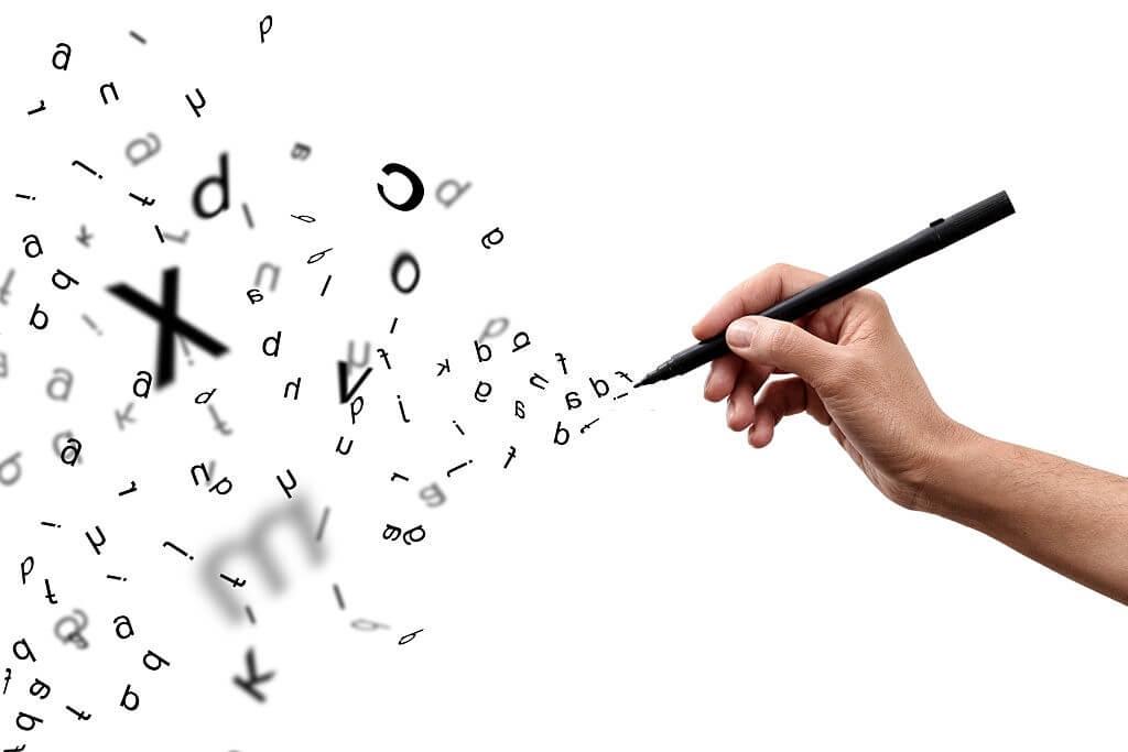Bentuk Variasi Huruf yang Diletakkan Pada Awal Paragraf Sehingga Naskah Terlihat Menarik Disebut